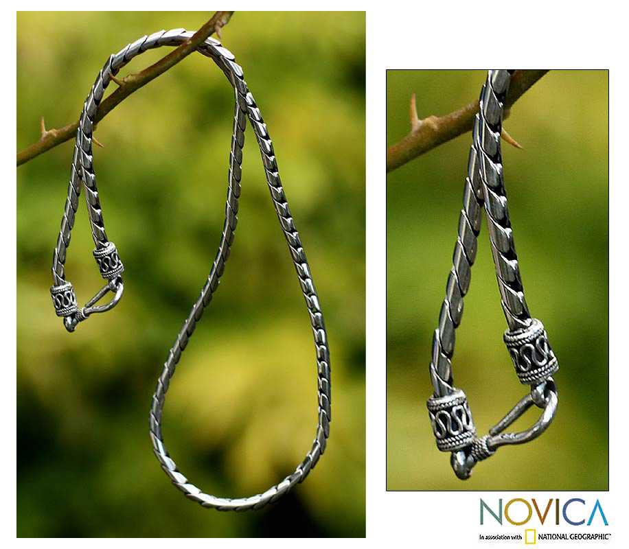 Look Sleek Traditional Balinese Hook Closure on a Modern 925 Sterling Silver Womens Fluid Spiral Cha