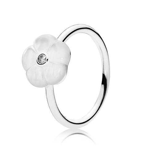 PANDORA Luminous Florals Mother-of-Pearl Ring with Clear Cubic Zirconia